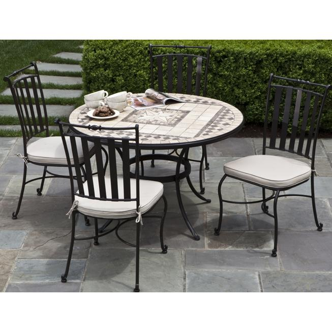 Alfresco Home Basilica 48 Inch Round Dining Table Group